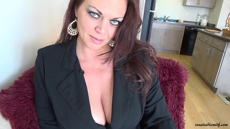InsatiableMILF.com SiteRip - Diane Andrews If Famous Incest Roleplay MILF. She Likes To Play A Role Of Strict, Domineering Incest Mother.