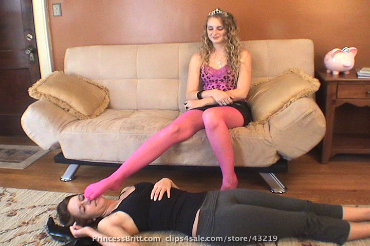 PrincessBritt.com SiteRip - Domineering Lesbian Bitch Britt Forcing Her Submissive Lesbian Slaves To Worship Her Soiled Feet